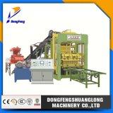 Máquina automática llena del bloque de cemento Qt6-15 con la programación del PLC de Siemens