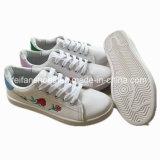 女性(PY0309-2)のための卸し売り歩きやすい履物の注入の偶然の靴