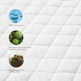 Fodera per materassi resistente all'acqua imbottita di Microfiber