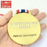 Hierro barato que graba la medalla y cintas en blanco del deporte al por mayor