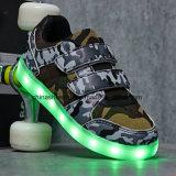Chaussures occasionnelles DEL d'espadrilles tarifées de la mode pour des enfants