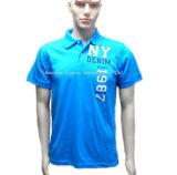 人のための青く短い袖の方法ポロシャツ
