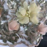 Perle e pietre del Beadwork qualsiasi disegno e colore da Flower Embroidery su rete o su La⪞ E