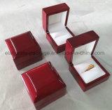 Cadre de bijou en bois de empaquetage personnalisé par logo personnel estampé de luxe