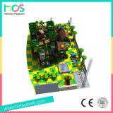 樹上の家の幼稚園の子供のための屋内運動場装置