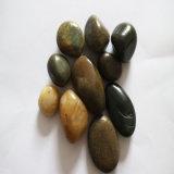 良質の磨かれた玉石および小石/川の小石/小石の石