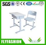 Commecialの教室の家具プラスチック椅子(SF-24S)が付いている単一学生の机