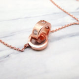 フランスの女性のローズの金のシンプルな設計のジルコンの黄銅のネックレス