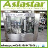 Líquido automática máquina de llenado con el etiquetado de nivelación