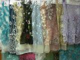 新しい到着のウェディングドレスの正式のスカートのための優雅な3D刺繍の花模様ファブリック