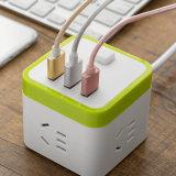 Zoccoli di potere elettrici universali di viaggio del cubo con il USB