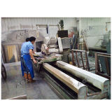 45度を傾ける刃が付いている石造りの縁切り機械