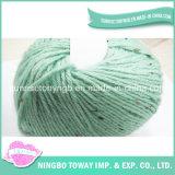 L'écharpe tricot de laine peignée teints en main des fils en vente en ligne