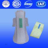 Serviette sanitaire Utral mince en coton et les Dames pads avec l'anion négative
