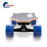 Ningún monopatín de equilibrio eléctrico elegante de cuatro ruedas plegable / Longboard