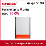 MPPTのホームのための太陽料金のコントローラが付いているハイブリッドオン/オフ格子太陽インバーター