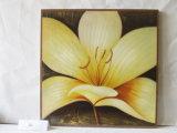 Beaux oeufs décoratifs floraux peintures suspendues