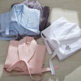 高品質の白い綿の浴衣のNightwear