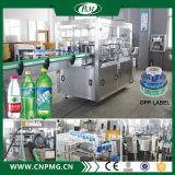 Máquina de etiquetado caliente de la botella de la botella de plástico de la eficacia alta de la producción