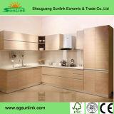 Puertas de gabinete de cocina de madera artificial para uso en cocina