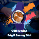 OEM Horloge van het Kwarts van het Silicone van het Embleem van de Douane het Analoge met de Heldere Wijzerplaat van de Zonnestraal