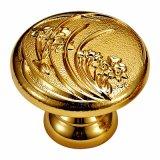 Perno del cassetto e maniglia classici d'ottone della mobilia placcati oro