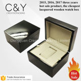 Kundenspezifischer hoher Glanz lackierter hölzerne Luxuxarmbanduhr-verpackenkasten