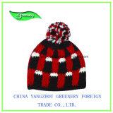 Красный шлем Knit зимы с Brim и специальным ярлыком