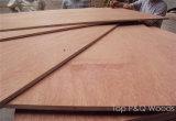 Hoja comercial chapeada Bingtangor de la madera contrachapada de la madera dura roja de BB/CC