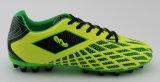 Los zapatos más nuevos del balompié de la manera con la planta del pie transparente