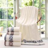 4つの星のホテルのための柔らかく安い浴室タオル