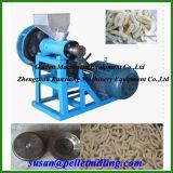 Einzelne Schraubenzieher-Imbiss-Nahrung, die Maschine herstellt
