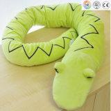 Un jouet en peluche de serpent en peluche personnalisé