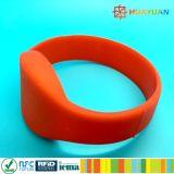 Wristband durevole del silicone di Rewearable RFID per l'hotel