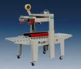 Semi-automatique de machines d'emballage carton pour l'emballage carton et de l'étanchéité