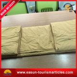 大人の寝具のためのポリエステルパッチワークによって刺繍されるキルト