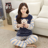 Vendendo Bonitinha Cartoon Espessado Velo Coral pijamas femininos no Outono de manga comprida e roupas de inverno Home flanela de mobiliário de Prensa