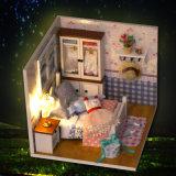 Het onderwijs Stuk speelgoed van de Jonge geitjes van het Huis van Doll van het Kind Houten