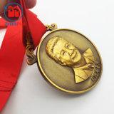 記念品のための旧式な金3Dのヘッド肖像画メダル