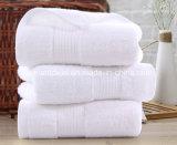 卸し売り高品質の綿32s/2 70X140cmの800gホテルの浴室タオル