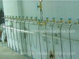 Cilindri di ossigeno medici da 43 litri con le valvole dell'ossigeno per il sistema di rifornimento medico O2
