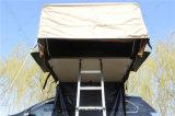 Caravan e tenda di campeggio del tetto della strumentazione