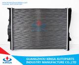 épaisseur de faisceau de 26mm pour des radiateurs de véhicule de BMW ajustés pour OEM 2.0 17117553111 de 2005-2007 E90 N45 1.8/