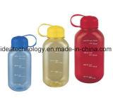 Пластиковые бутылки емкостью 500 мл минеральной воды с высоким качеством