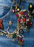 Джинсыы джинсовой ткани женщин с украшенным сорванным Rhinestone