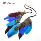 Collana multicolore del Choker dei branelli neri dei pendenti delle collane della piuma