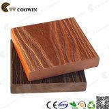 Material de construção Waterproof Red Pine Decking Floor