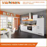 Kundenspezifischer Lack-Küche-Schrank-Entwurf Matt-/in den hohen Glanz-Enden