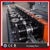 O tipo Unistrut entalhou o rolo de aço da canaleta do suporte C que dá forma à máquina