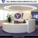 Compteur commercial incurvé de réception de réception extérieure solide acrylique pure d'hôtel de 100%
